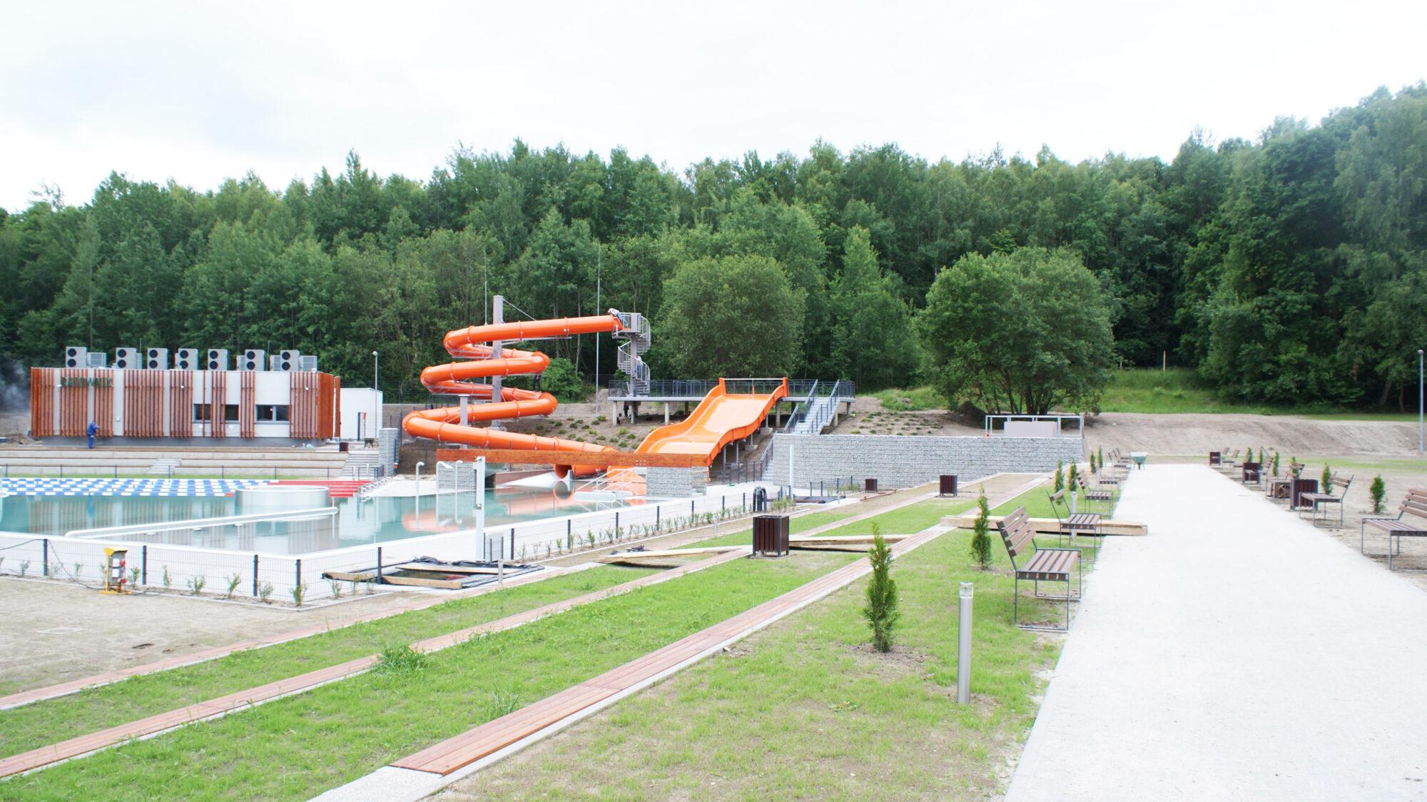 (Polski) Budowa basenu miejskiego w Żarach