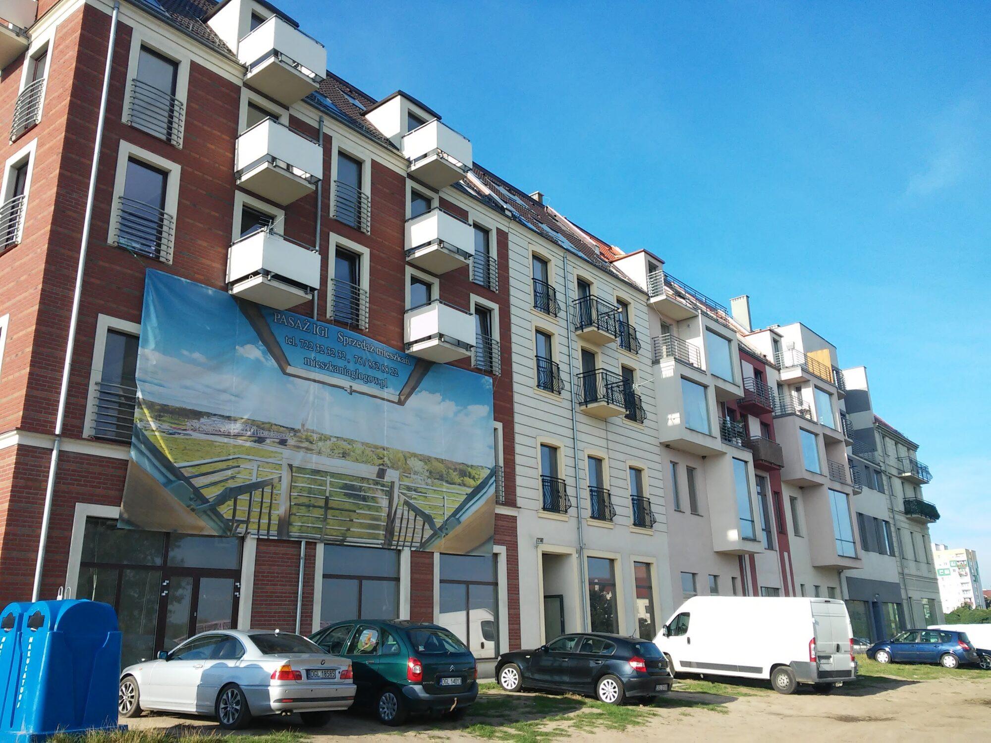 (Polski) Budynek mieszkalno – usługowy w Głogowie przy ulicy Długiej