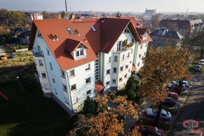 (Polski) Budynek mieszkalny przy ulicy Poznańskiej w Żarach