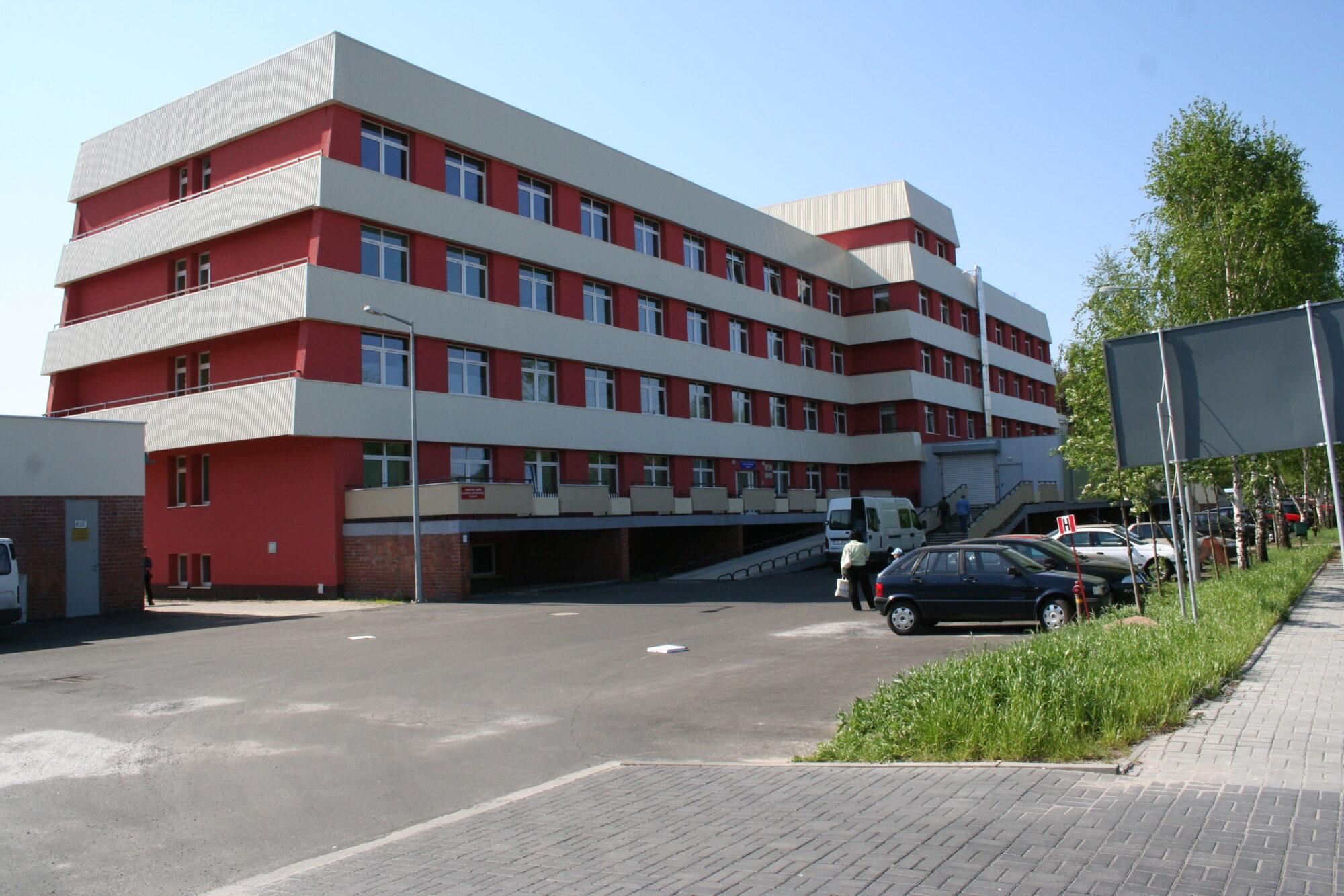 (Polski) Szpital powiatowy w Żaganiu przy ulicy Żelaznej